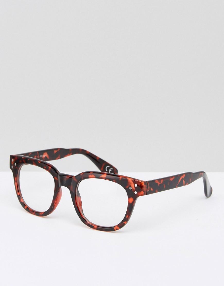 мужские очки с прозрачной оправой Джонс интервью давал