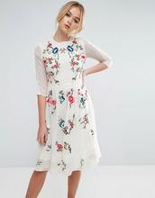 ASOS   Приталенное платье миди с цветочной вышивкой ASOS PREMIUM - Кремовый   Clouty