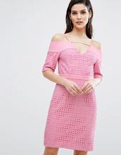 8th Sign | Кружевное платье миди с вырезами на плечах The 8th Sign - Розовый | Clouty