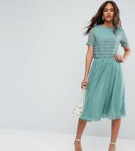 ASOS | Платье миди для выпускного с кружевным кроп‑топом ASOS TALL SALON | Clouty